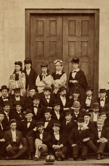 1871 : First Females Graduate from University of Michigan
